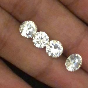 4 white sapphire